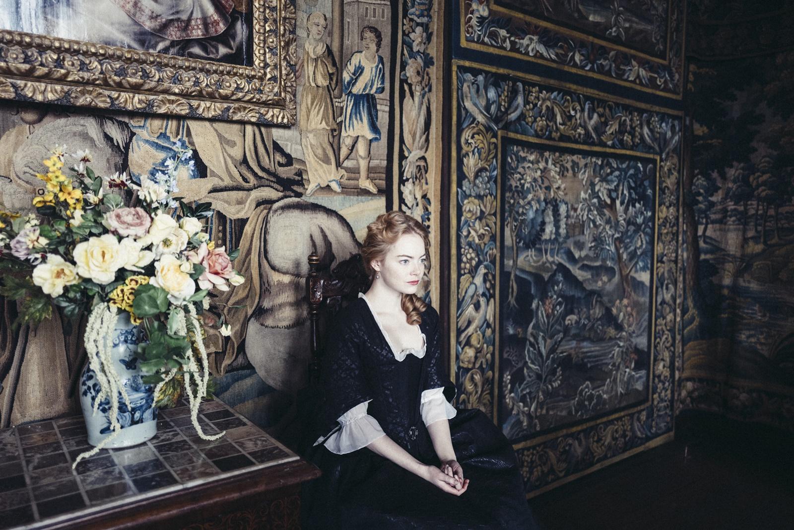 Emma Stone a fost nevoită să poarte un corset pentru un rol care i-a deformat corpul