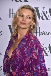 Kate Moss a învățat-o pe fiica ei trucuri prețioase de machiaj