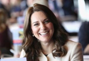 De ce Kate Middleton își schimbă mereu look-ul după un concediu de maternitate?
