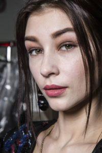 Beauty Alert: 6 rujuri noi pe care să le încerci în luna noiembrie