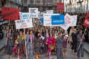 De ce e important să cunoaștem istoria recentă dintr-o perspectivă a femeilor - despre feminismele locale și luptele pentru emanciparea femeilor din România.