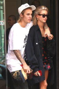Justin Bieber s-a ras pe cap